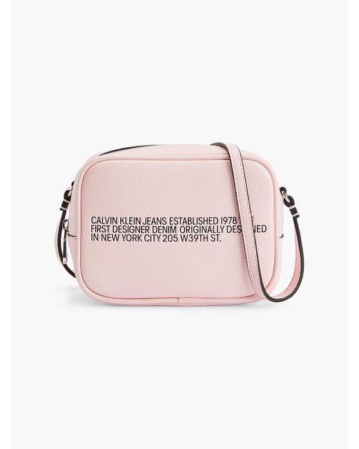 Calvin Klein Crossover in het Pink