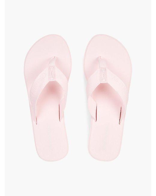 Calvin Klein Pink Flip-Flops mit Keilabsatz