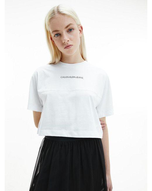 Calvin Klein T-shirt Van Biologisch Katoen Met Iriserend Logo in het White