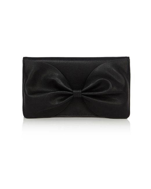 You searched for: black bow clutch bag! Etsy is the home to thousands of handmade, vintage, and one-of-a-kind products and gifts related to your search. No matter what you're looking for or where you are in the world, our global marketplace of sellers can help you .