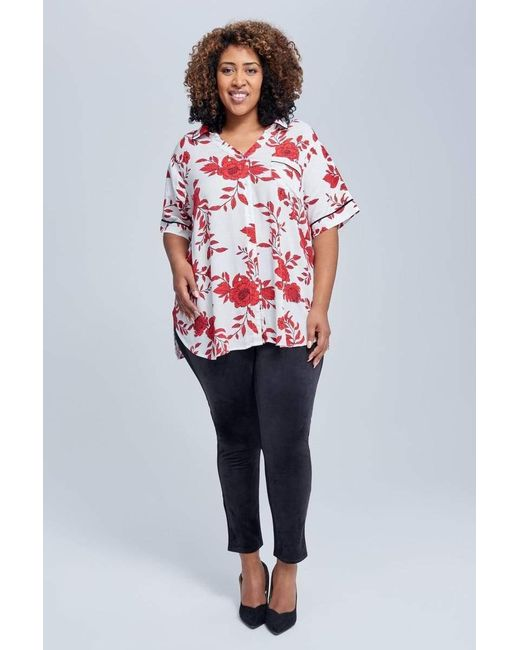 Seven7 Short Sleeve Top With Piping In Red Combo