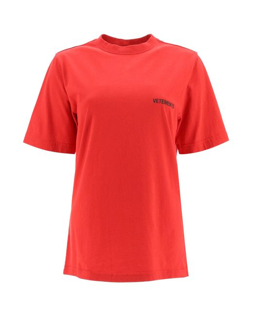 T-SHIRT CON STAMPA LOGO di Vetements in Red