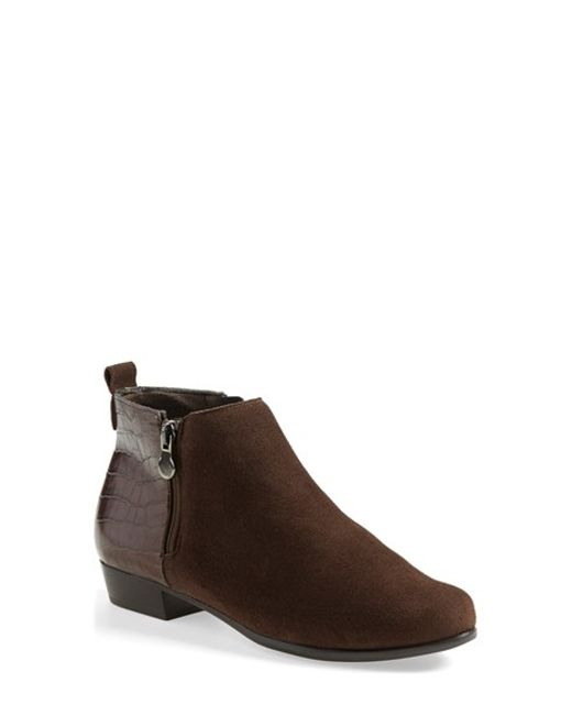 Munro Lexi Boot In Brown Brown Suede Lyst
