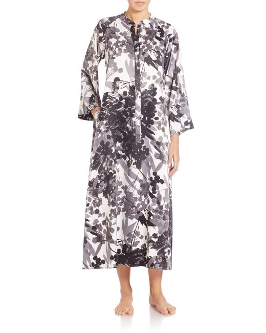 Natori printed satin zip caftan in black save 60 lyst for Caftan avec satin de chaise