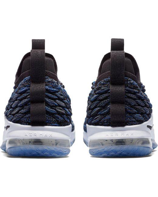 lyst nike lebron 15 basso scarpe da basket in blu per gli uomini.