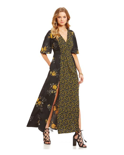 Band Of Gypsies V Neck Short Sleeve Floral Maxi Dress In