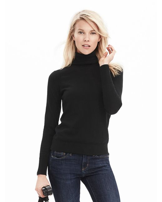 Knitwear rules for fall and that means checking out the sweater sale at Banana Republic. Shop sweaters for sale for her.