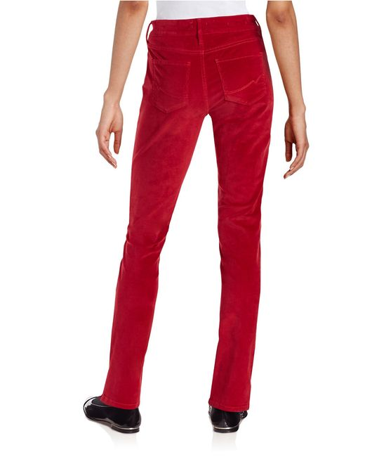 The women's straight leg pants at Gap exude classic design and are universally flattering. Choose from a variety of fits made to suit your needs. We carry women's straight pants in true straight, classic straight, relaxed fit, and broken-in varieties.