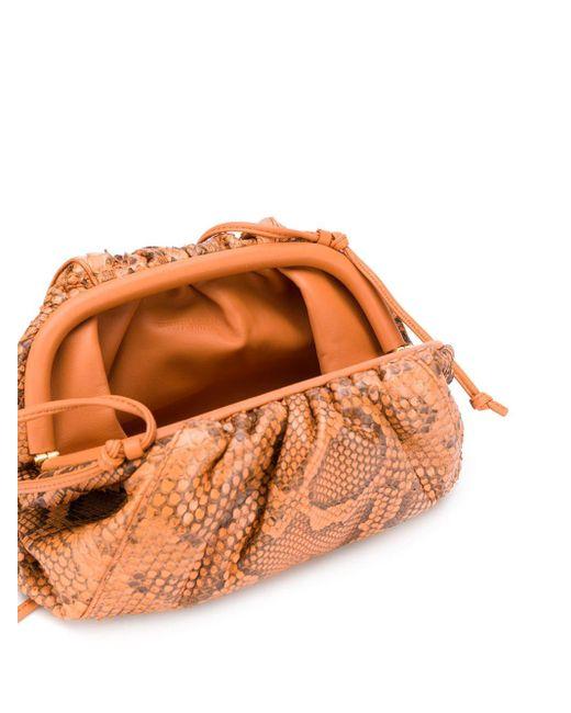 Pochette The Pouch à effet peau de python Bottega Veneta en coloris Brown