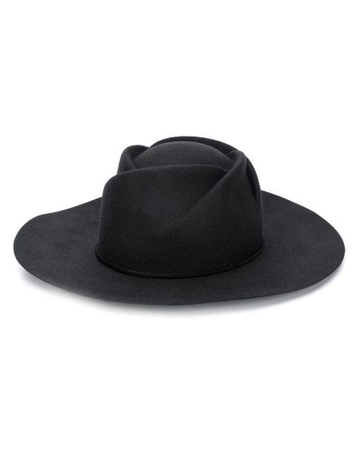 Emporio Armani スタッズ ベレー帽 Black