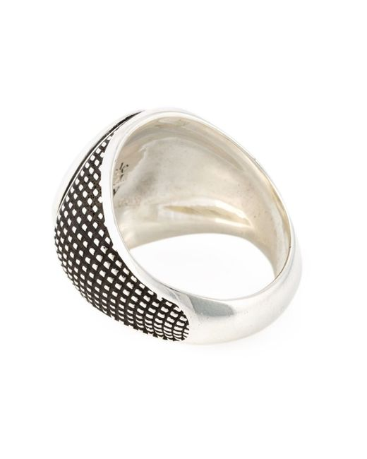 eleventy sovereign ring in silver for metallic