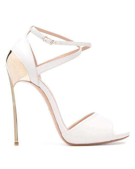 Casadei Sandalen Met Goudkleurig Detail in het White
