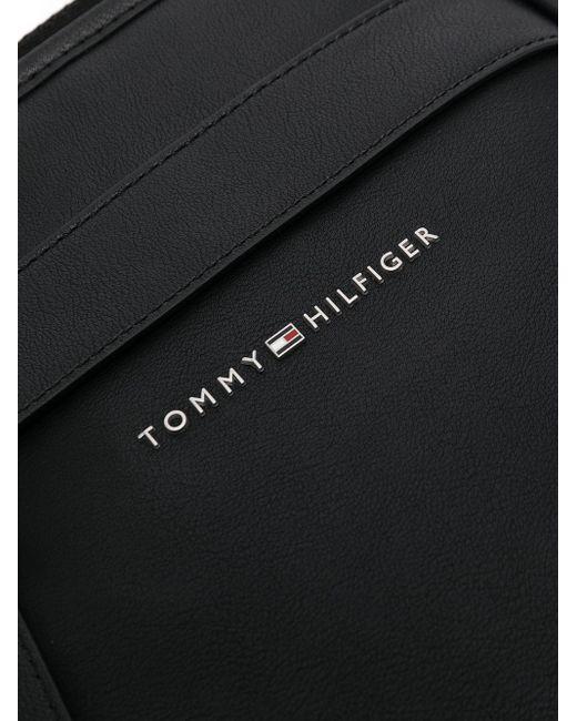 メンズ Tommy Hilfiger ロゴプレート メッセンジャーバッグ Black