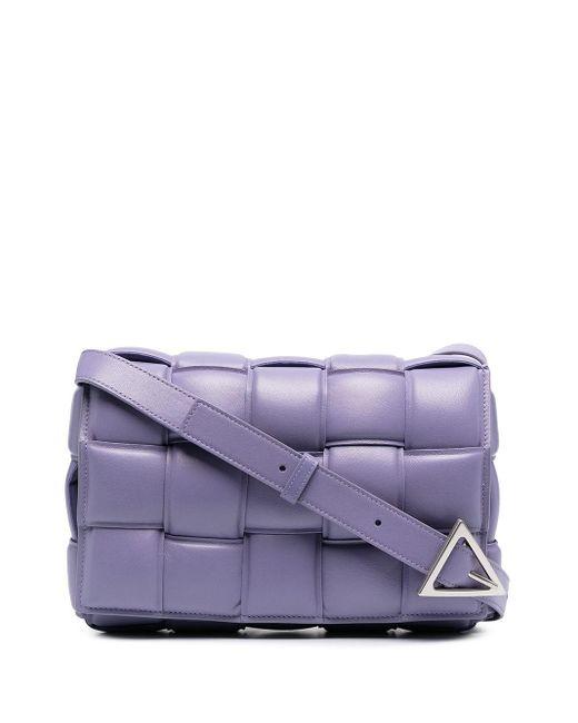 Borsa a spalla Cassette imbottita di Bottega Veneta in Purple