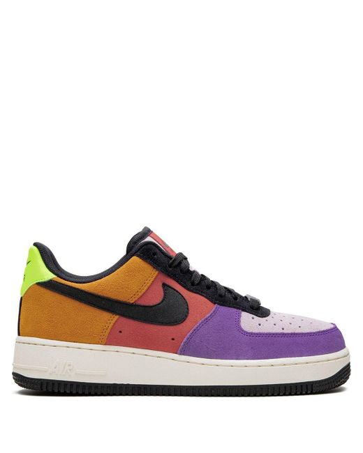 Nike Zapatillas Air Force 1 07 LV8 de hombre de color morado