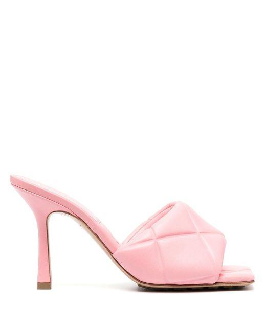 Bottega Veneta Pink Gepolsterte BV Rubber Lido Sandalen
