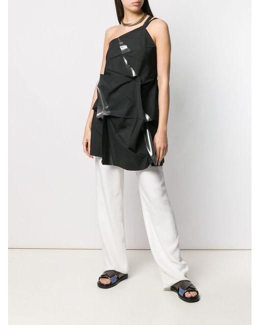 Top structuré à design asymétrique à une épaule Issey Miyake en coloris Black