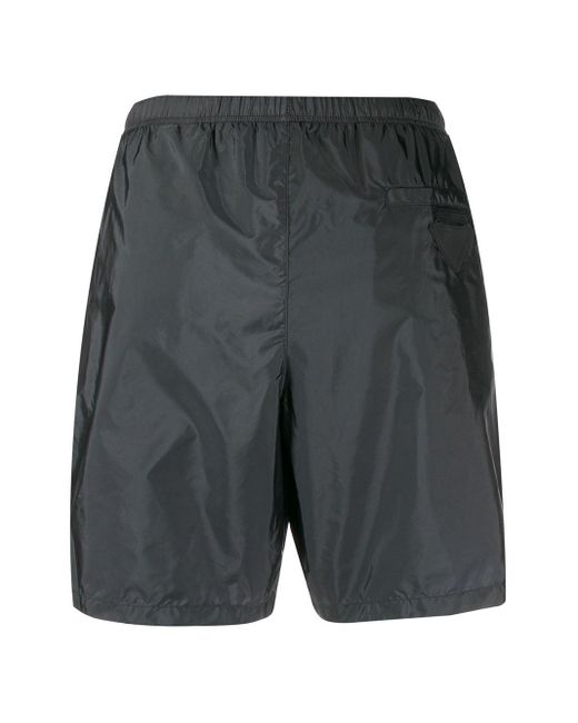 Prada Badeshorts mit Logo-Patch in Gray für Herren