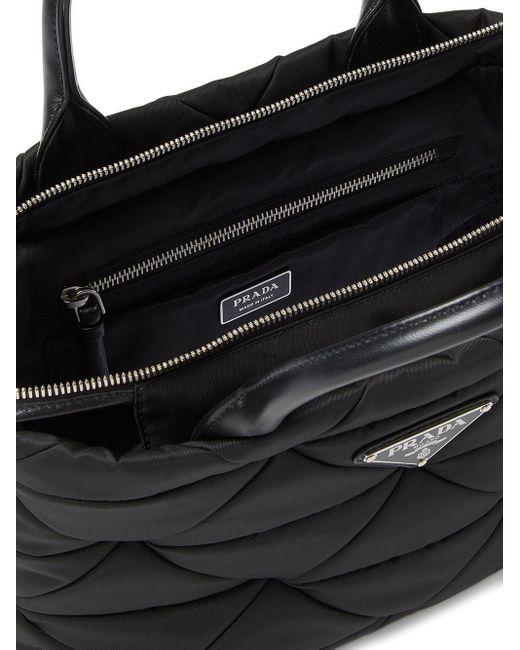 Borsa tote con placca logo di Prada in Black
