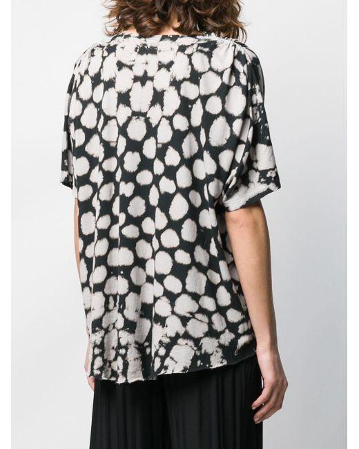T-shirt ample imprimé Raquel Allegra en coloris Black