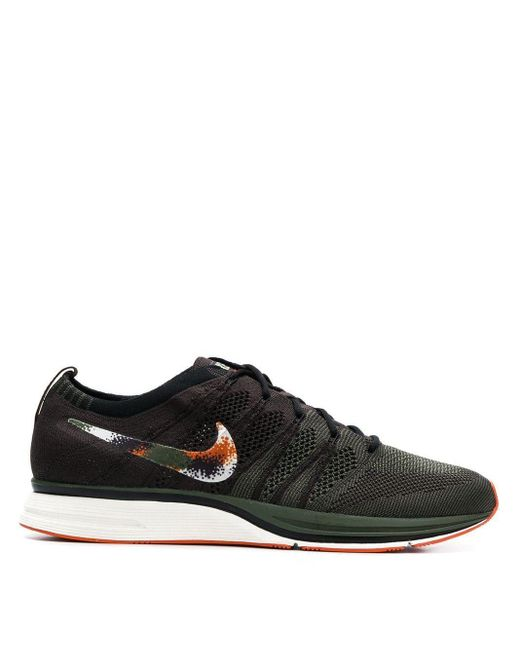 メンズ Nike Flyknit スニーカー Black