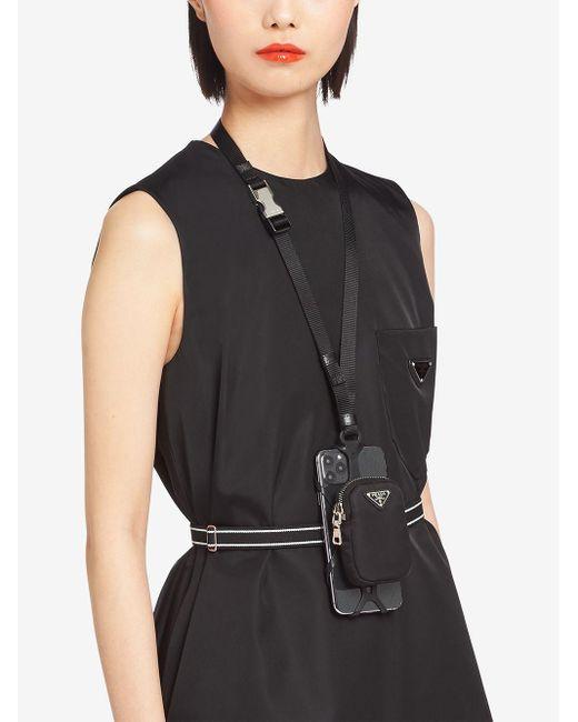 Étui pour smartphone Re-Nylon Prada en coloris Black