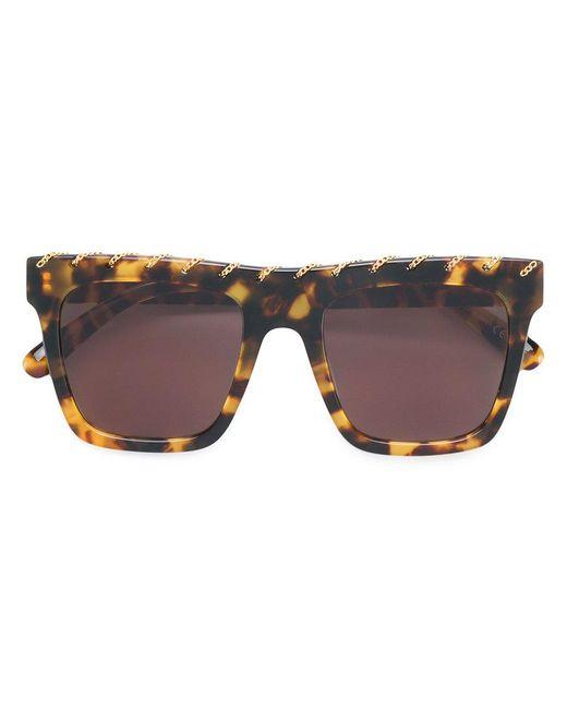 a0f51b3e05 Gafas de sol con ribete de cadena Stella McCartney de color Marrón ...