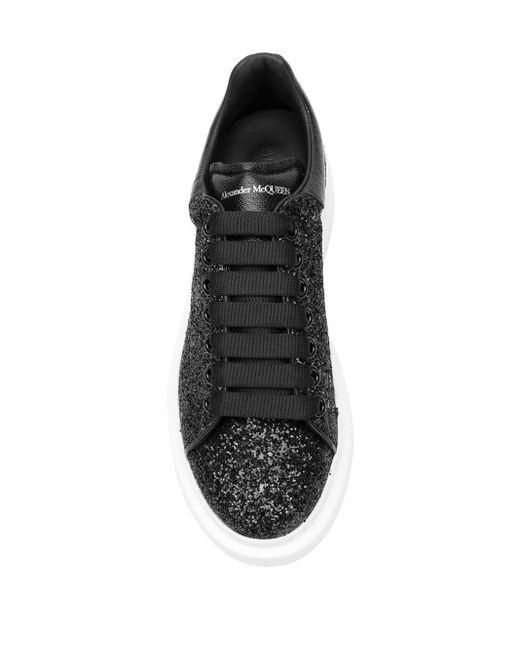 Alexander McQueen Oversized Sneaker Van Kalfsleer Met Glitter in het Black