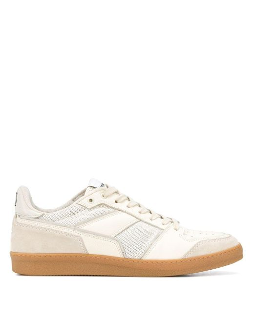 AMI White Classic Low Top Sneakers