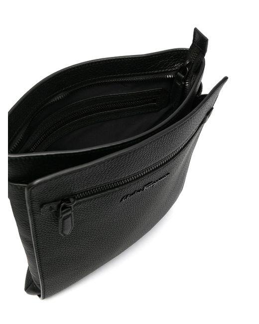 メンズ Ferragamo ロゴプレート メッセンジャーバッグ Black