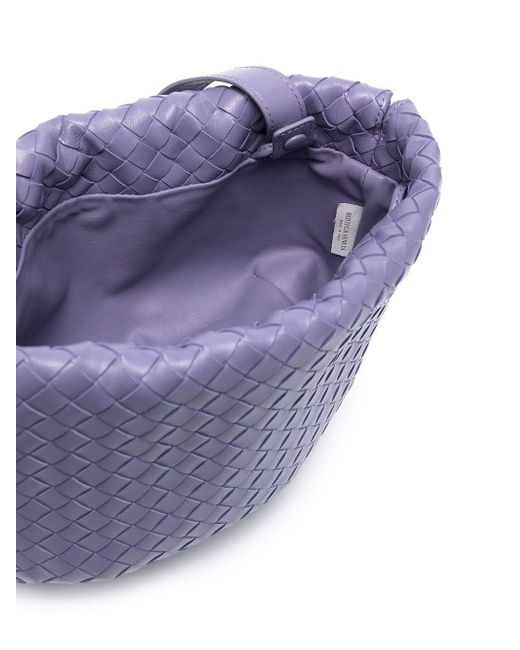 Petit sac porté épaule The Bulb en cuir Intrecciato Bottega Veneta en coloris Purple