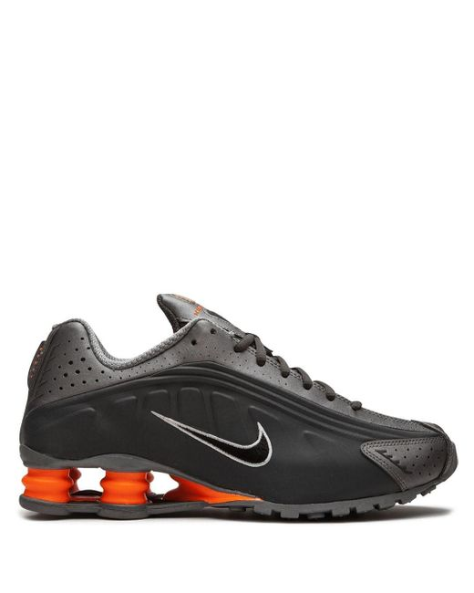 メンズ Nike Shox R4 スニーカー Gray