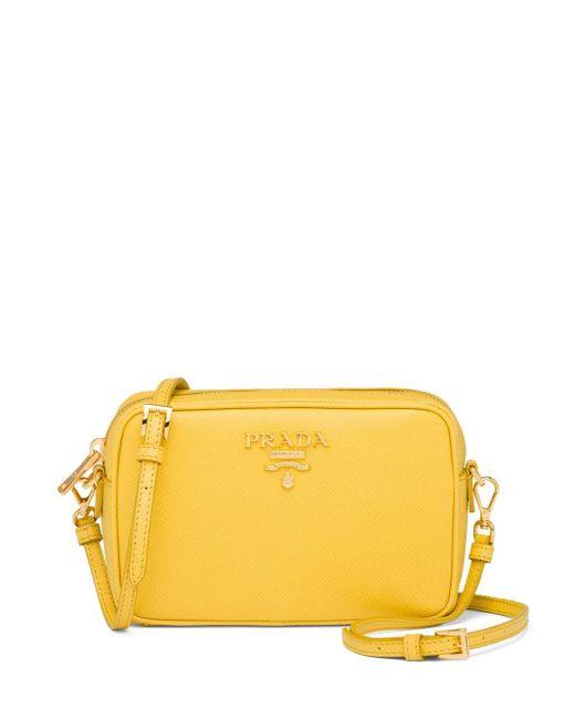Borsa a spalla con logo di Prada in Yellow