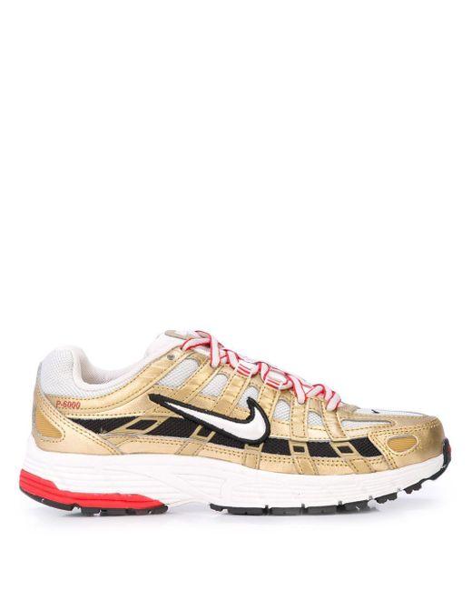 Nike サイドロゴ スニーカー Metallic