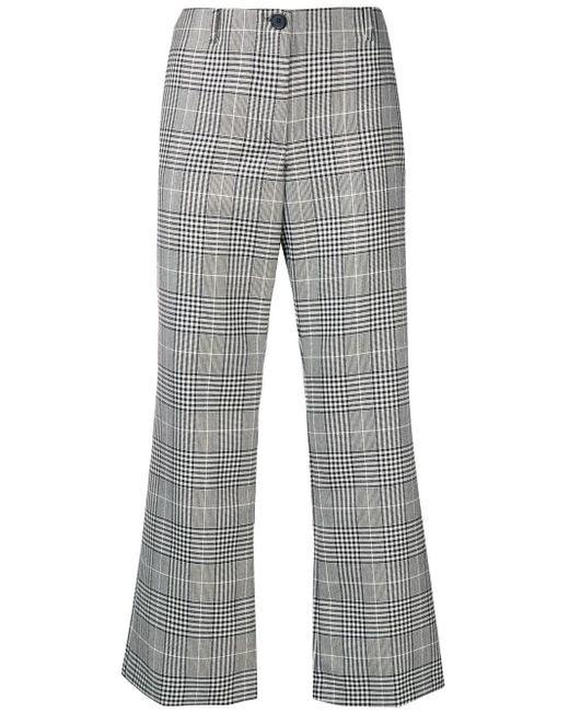 Pantaloni crop svasati di AALTO in Gray