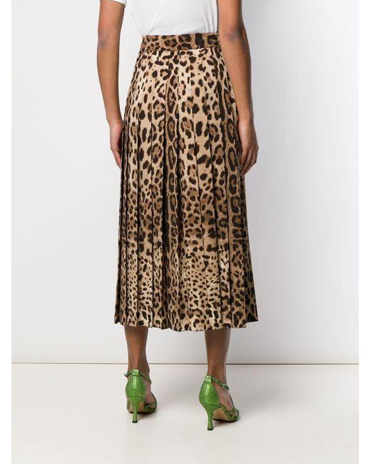 a55d0f370 Falda larga con pliegues con motivo de leopardo de mujer de color marrón