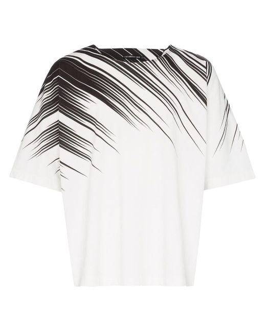 T-shirt imprimé Issey Miyake pour homme en coloris White