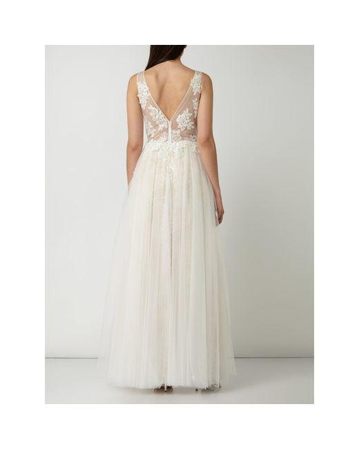 Luxuar White Brautkleid aus Mesh mit floralen Stickereien