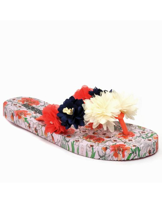 275 Central - Red Floral Flat Thong - Lyst