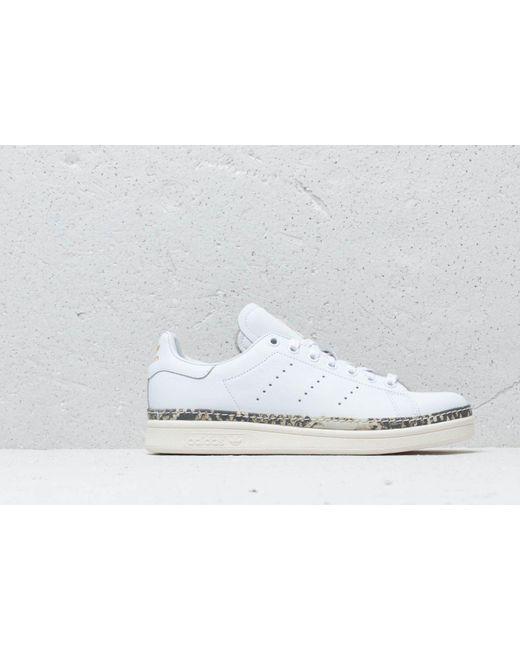 online retailer 4eb2f bf926 Women's Adidas Stan Smith New Bold W Ftw White/ Off White/ Supcol