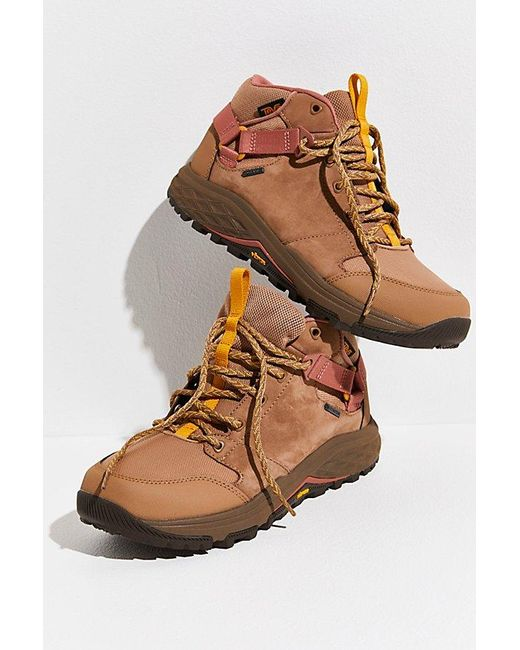 Teva Brown Grandview Gtx Hiker Boots