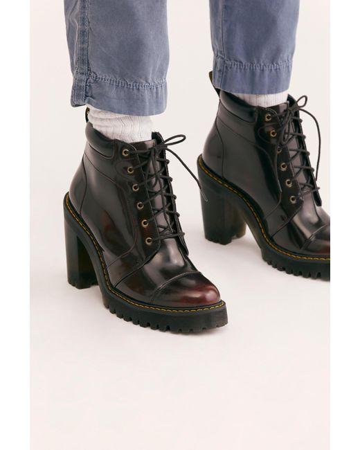 Dr. Martens Averil Heel Boot
