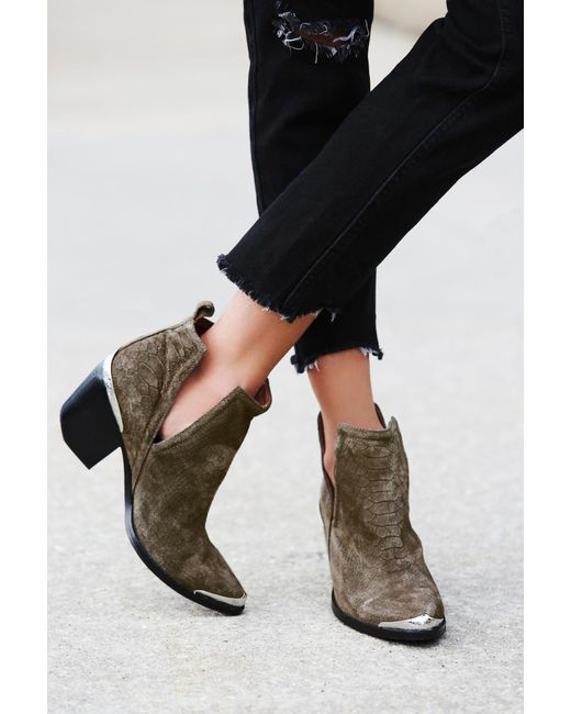 Free People - Natural Hunt The Plains Boot By Jeffrey Campbell - Lyst