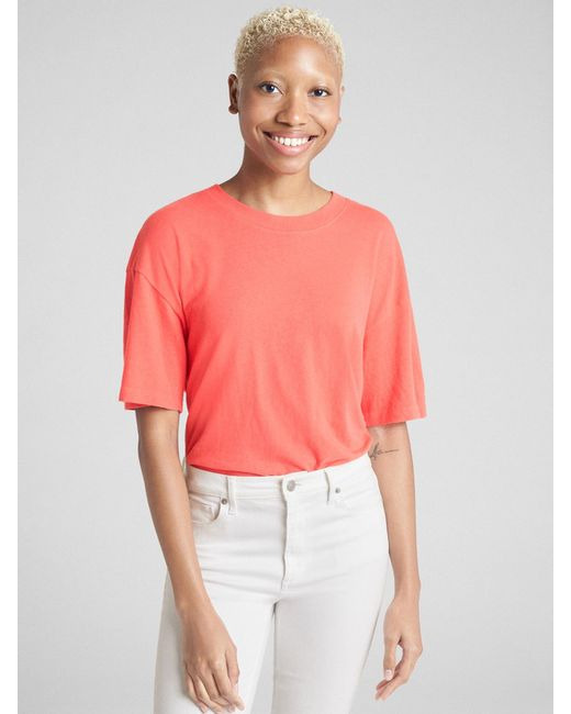 a939e66d9a6647 Lyst gap crop short sleeve crewneck shirt in red jpeg 520x650 Gap crop shirt