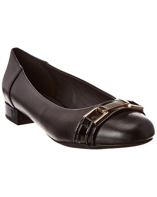 Geox Wistrey 22 Leather Flat in Black