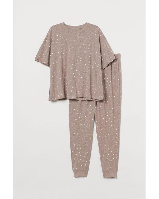 H&M Brown + Jersey-Schlafanzug