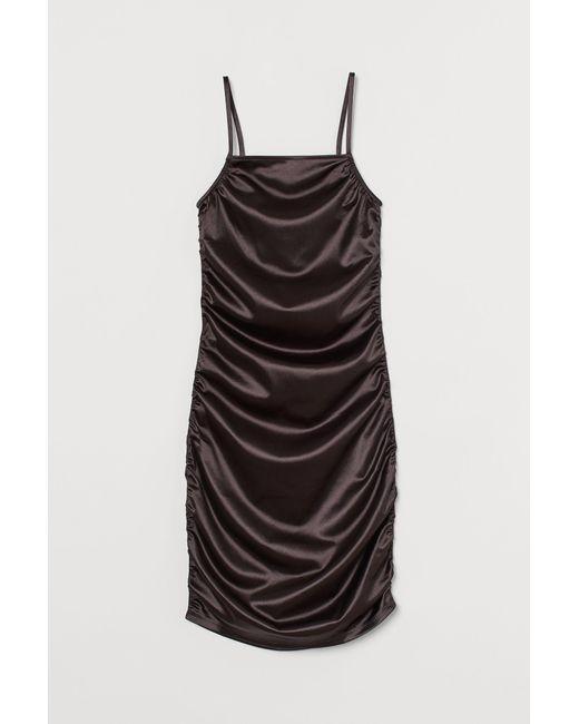 H&M Black Kleid mit Metallicschimmer