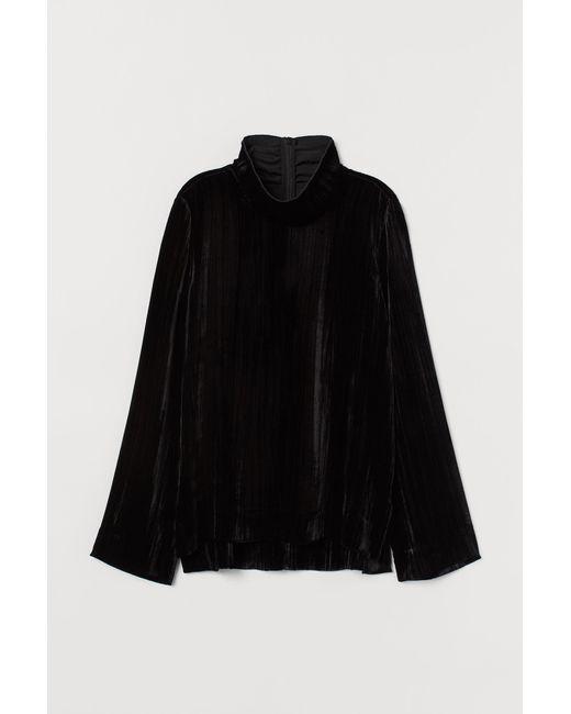 H&M Black Samtshirt mit hohem Kragen