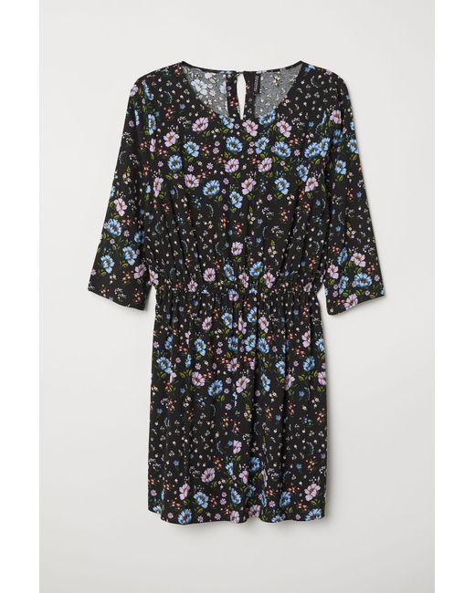 H & M+ Robe à motif H&M en coloris Black