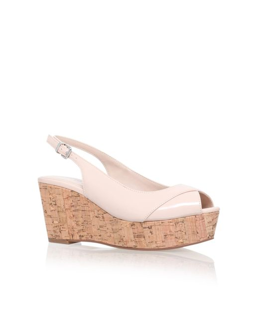 Carvela Kurt Geiger | Natural Klixy Mid Wedge Sandals | Lyst